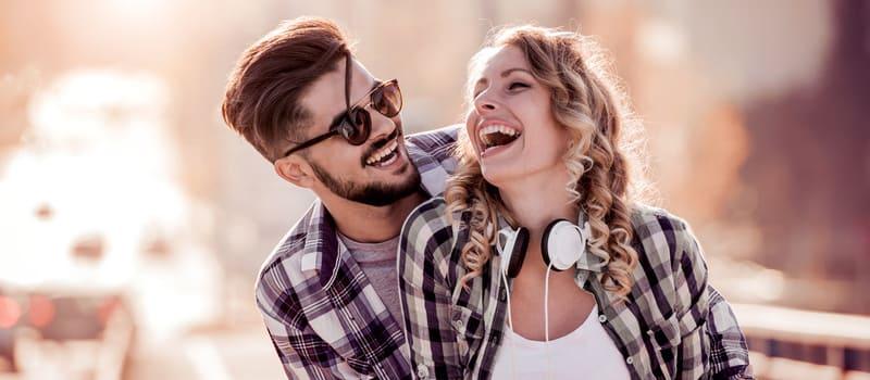 Cómo recuperar el amor de un hombre sin rogarle